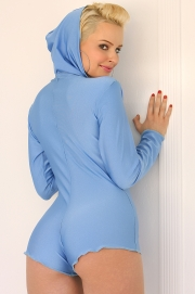 ** Update 10/01/12 - New Model Monday! 
